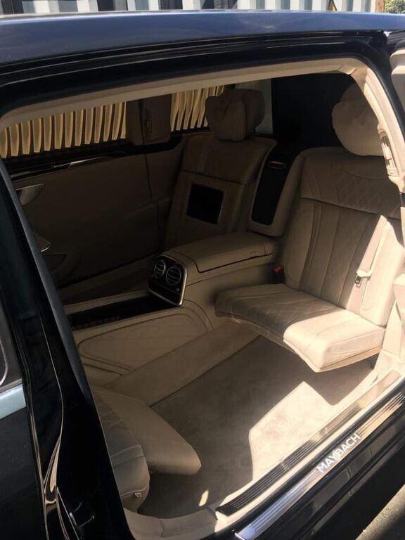 Siêu phẩm Mercedes-Maybach S600 Pullman thứ hai cập bến Việt Nam - Hình 4