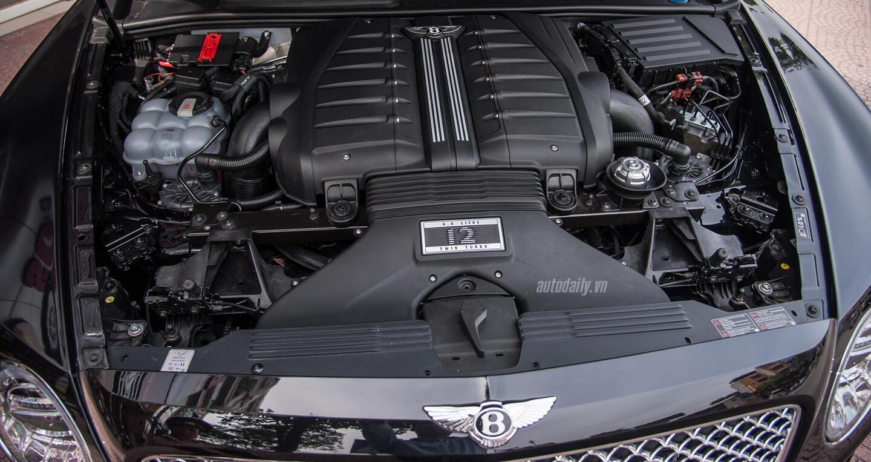 Bentley Bentayga (2).jpg