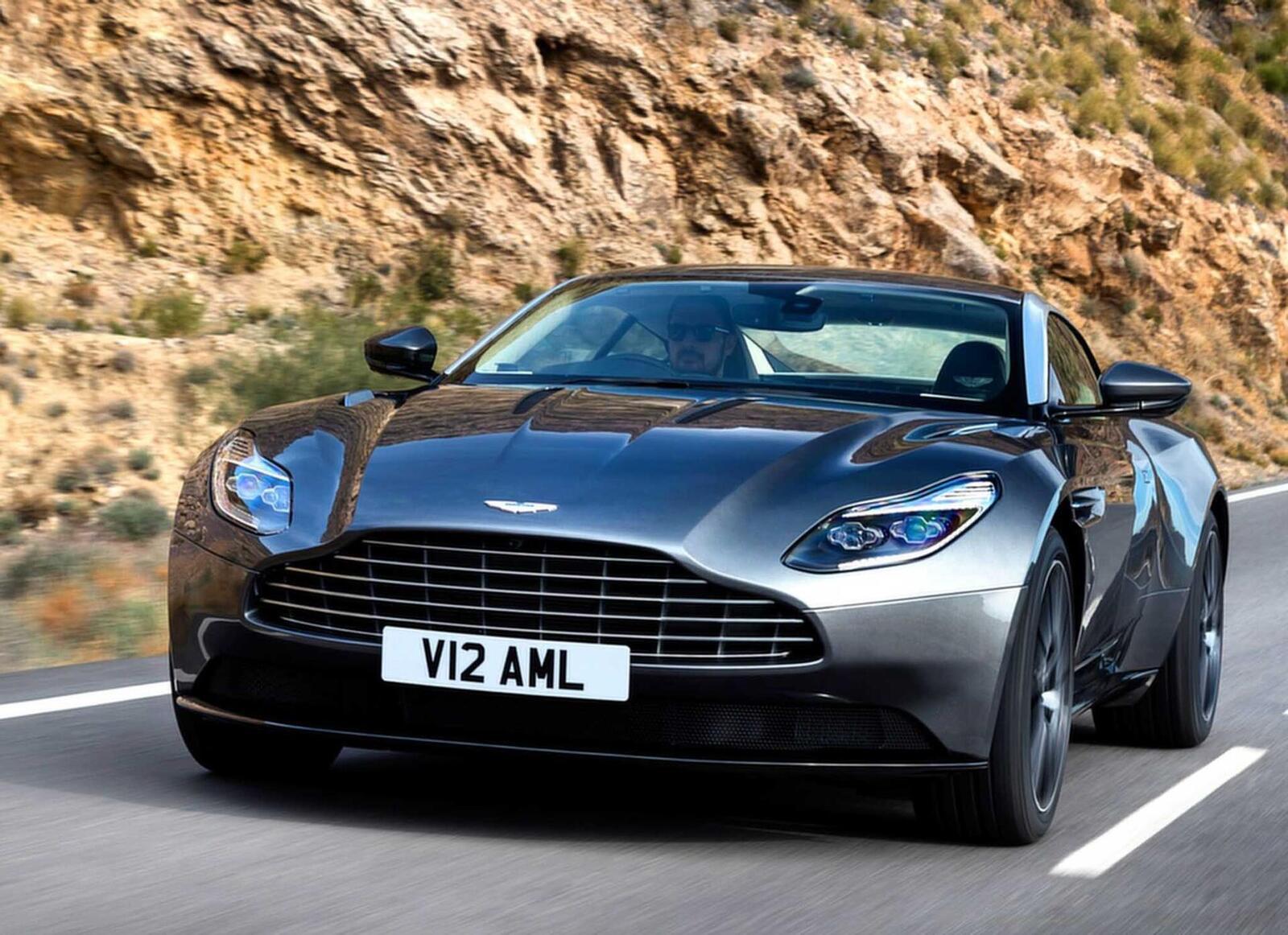 Siêu xe Aston Martin DB11 về Việt Nam; xe nhập chính hãng - Hình 4