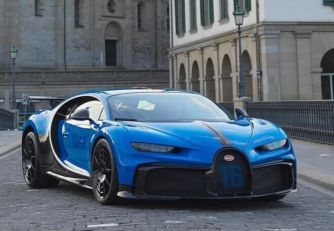 sieu-xe-bugatti-chiron-pur-sport-3-4-trieu-usd-xuat-hien-tai-thuy-si