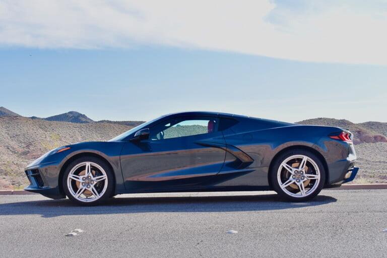 sieu-xe-corvette-stingray-2020-2.jpg