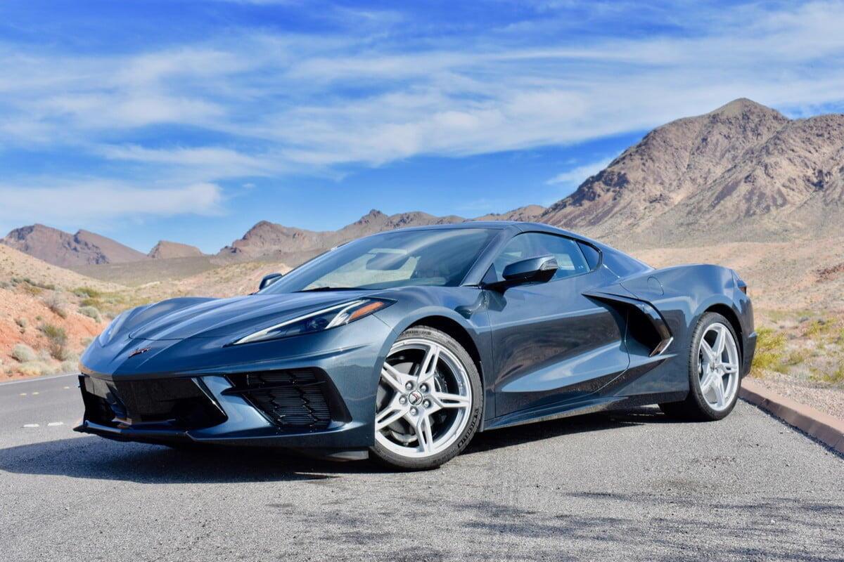 sieu-xe-corvette-stingray-2020-6.jpg