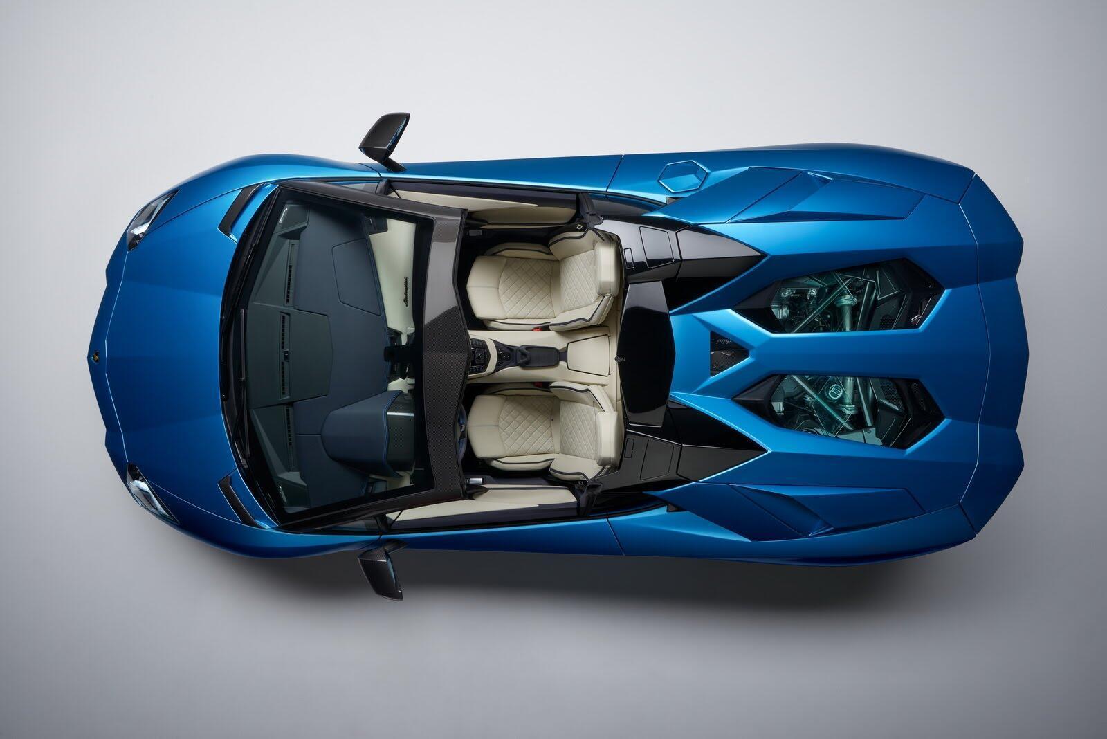 Siêu xe Lamborghini Aventador S Roadster chính thức trình làng - Hình 6