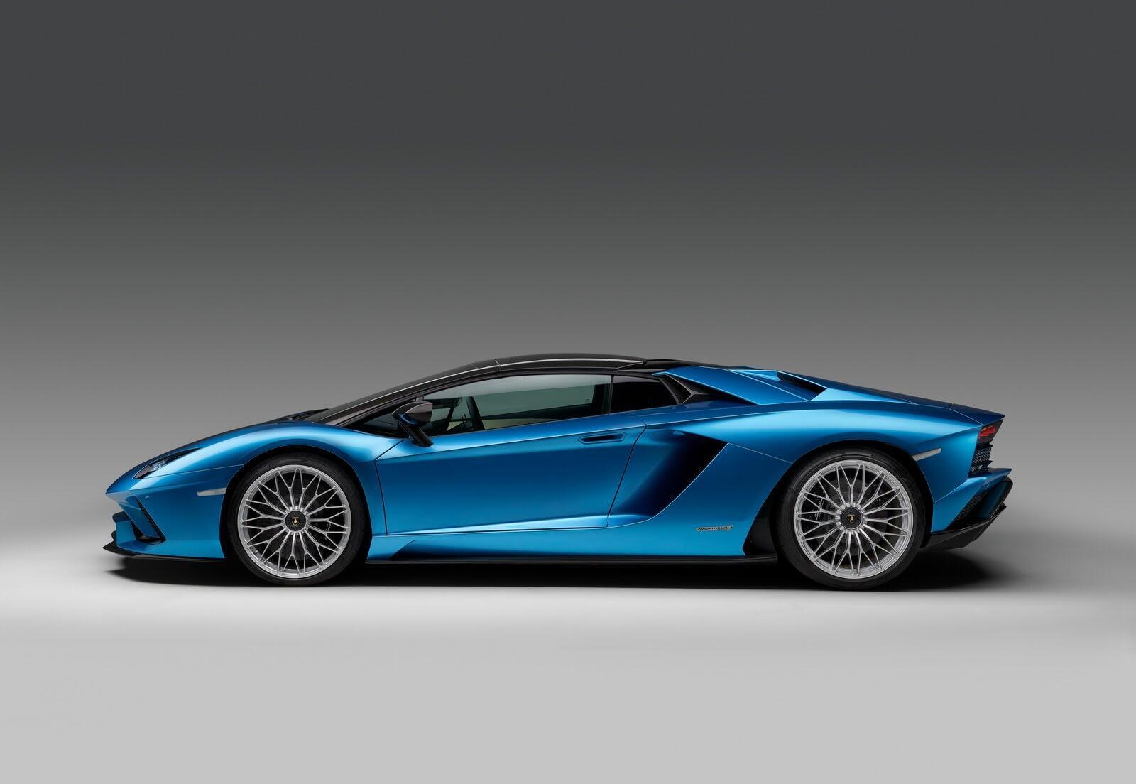 Siêu xe Lamborghini Aventador S Roadster chính thức trình làng - Hình 14