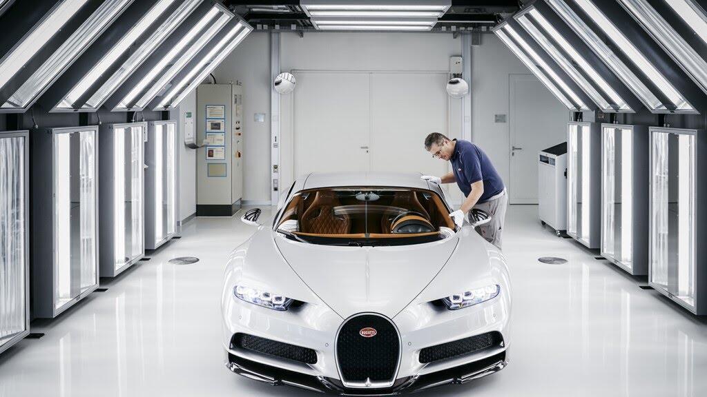 Siêu xe tiếp theo của Bugatti sẽ chạy điện - Hình 5