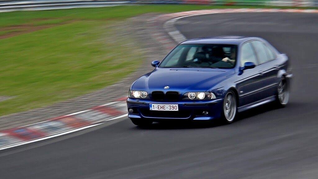 Sơ lược lịch sử của BMW M5 - Hình 4