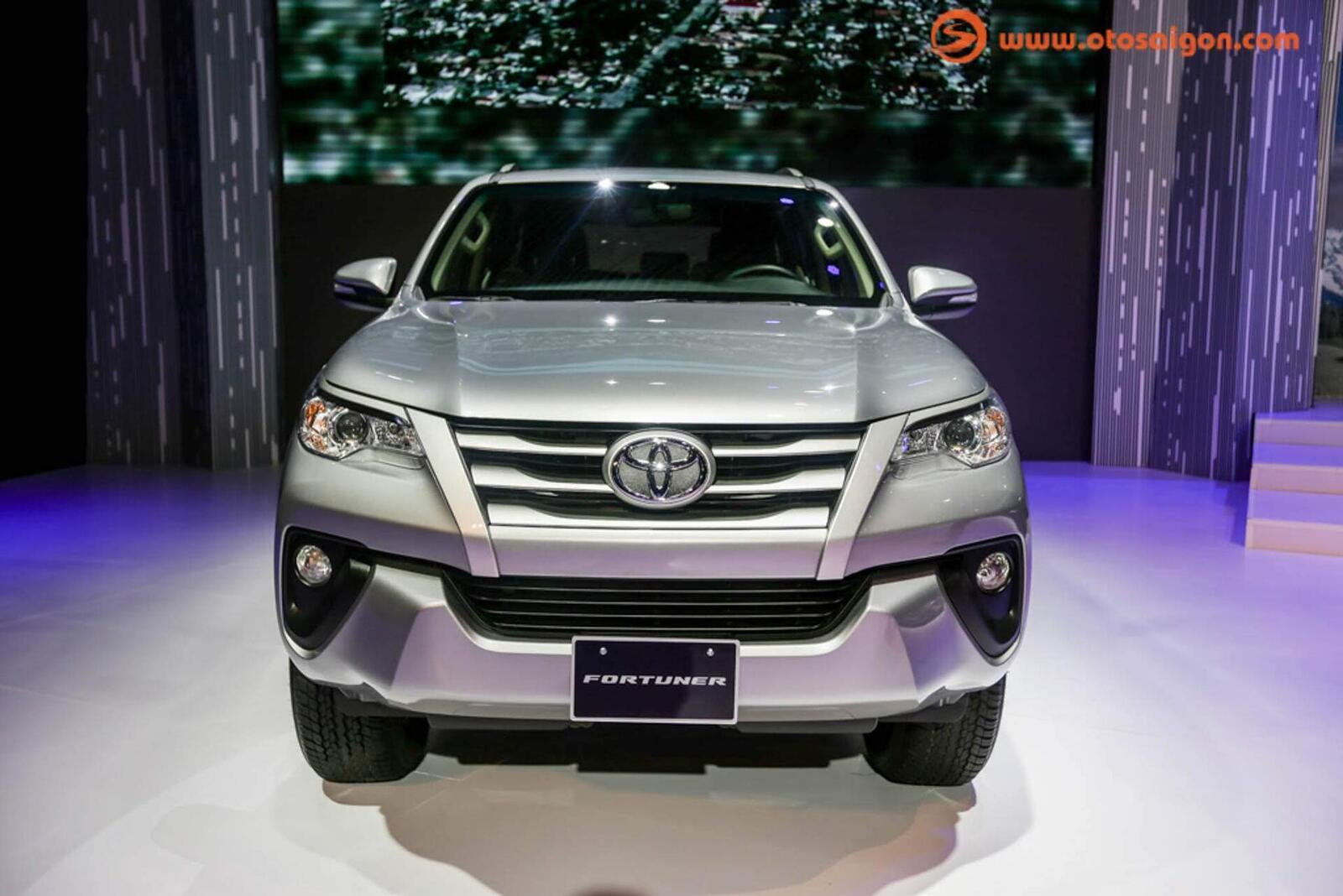 So sánh giá bán của Toyota Fortuner và Chevrolet Trailblazer - Hình 23