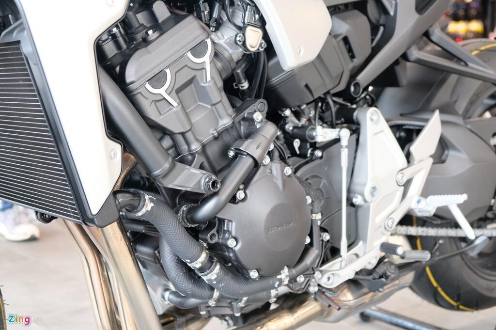 So sanh Kawasaki Z1000 R va Honda CB1000R - tre trung doi dau co dien hinh anh 16 DSCF1291_zing.JPG