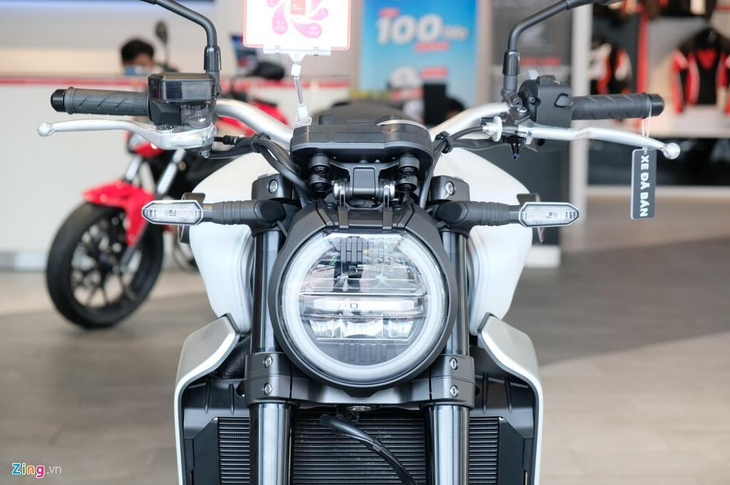 So sanh Kawasaki Z1000 R va Honda CB1000R - tre trung doi dau co dien hinh anh 14 DSCF1285_zing.JPG