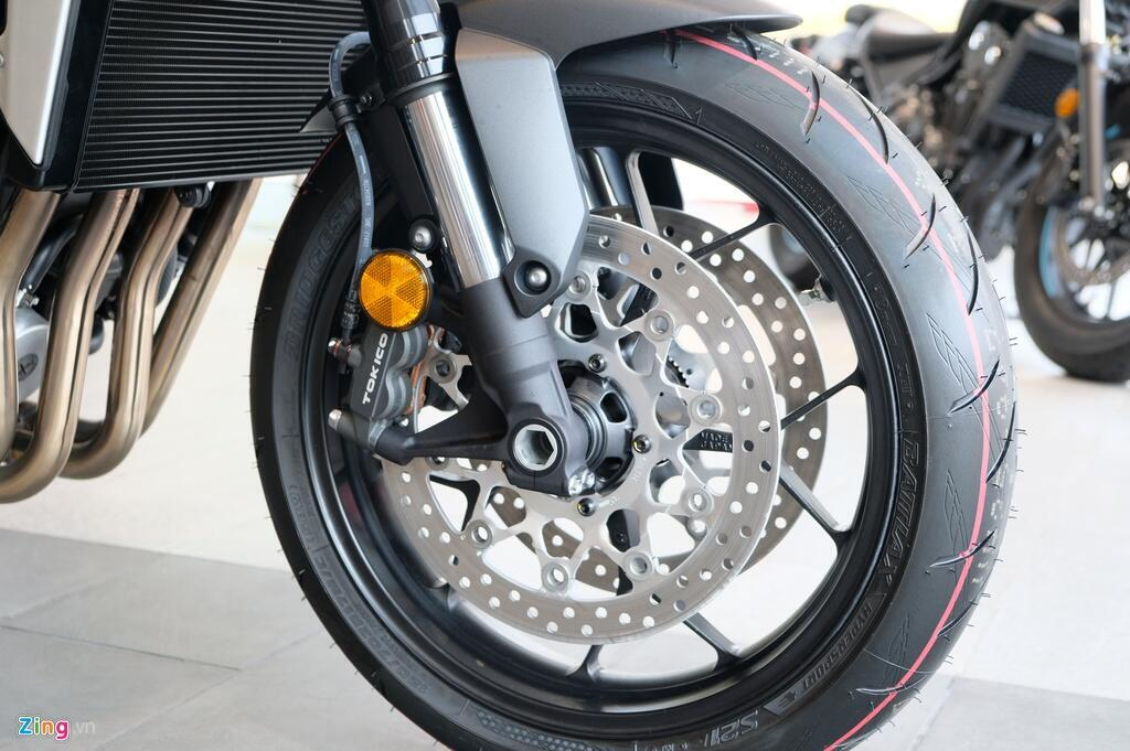 So sanh Kawasaki Z1000 R va Honda CB1000R - tre trung doi dau co dien hinh anh 10 DSCF1300_zing.JPG