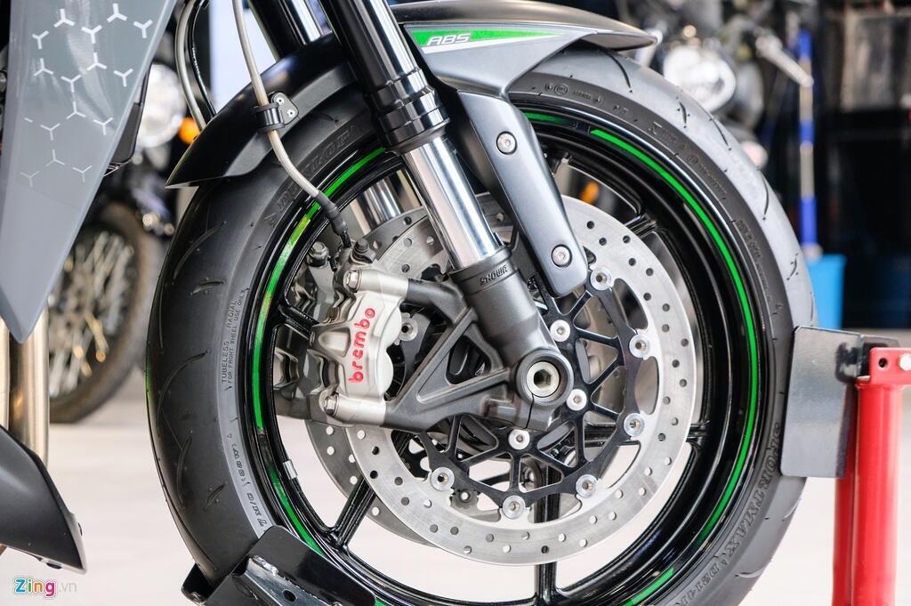 So sanh Kawasaki Z1000 R va Honda CB1000R - tre trung doi dau co dien hinh anh 9 DSCF1376_zing_1.jpg