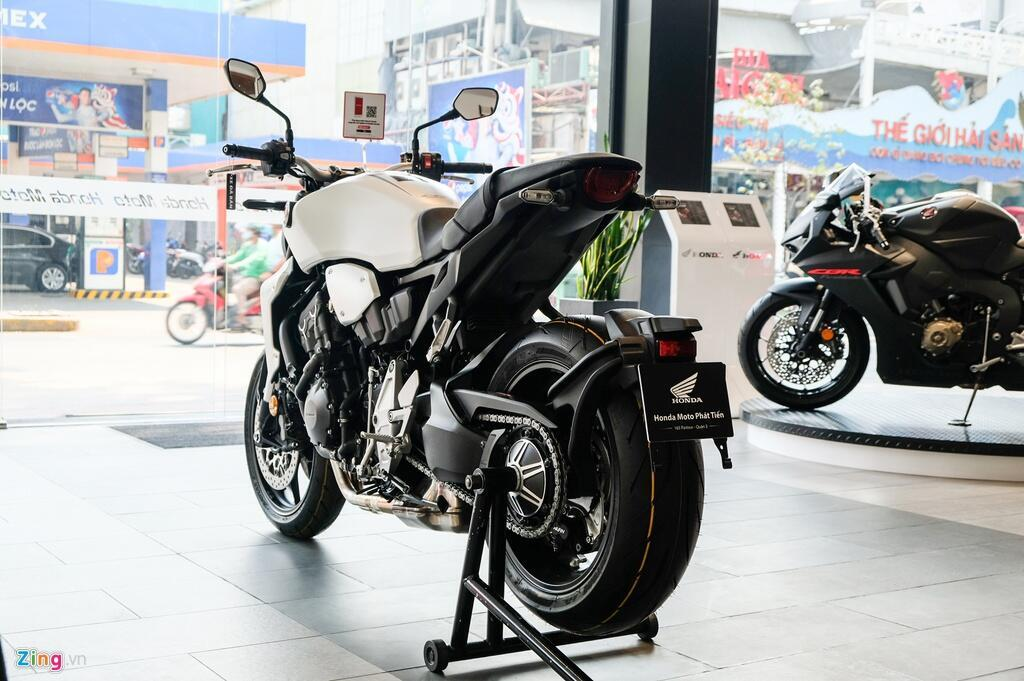 So sanh Kawasaki Z1000 R va Honda CB1000R - tre trung doi dau co dien hinh anh 4 DSCF1280_zing.jpg