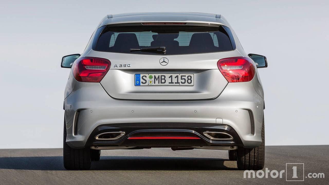 So sánh sự khác biệt giữa Mercedes-Benz A-Class mới và cũ - Hình 6