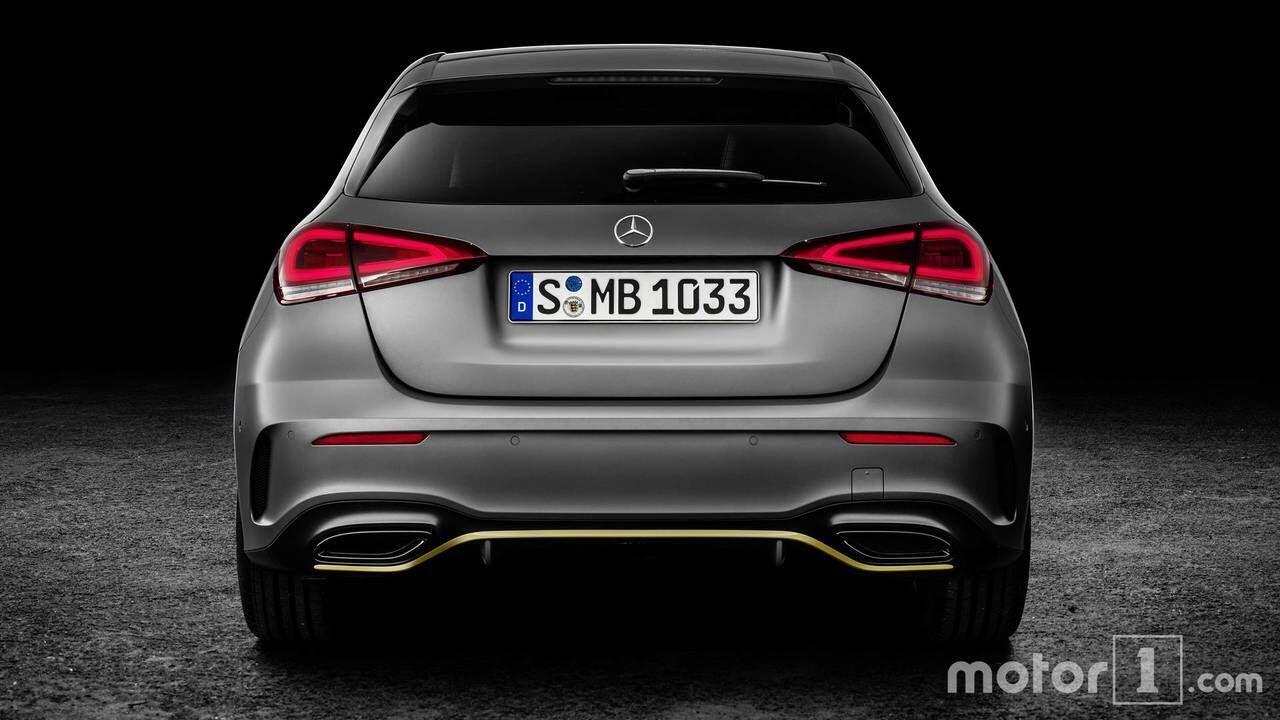 So sánh sự khác biệt giữa Mercedes-Benz A-Class mới và cũ - Hình 7