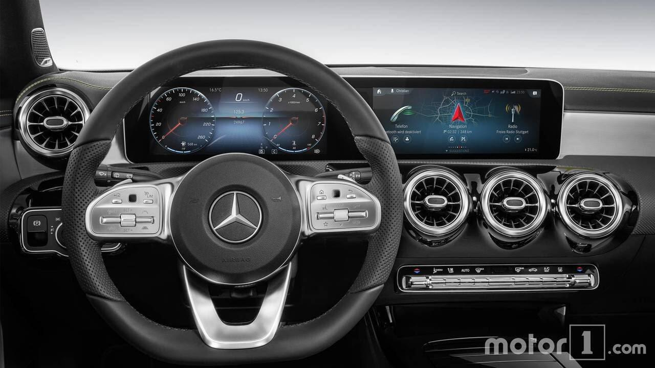 So sánh sự khác biệt giữa Mercedes-Benz A-Class mới và cũ - Hình 13