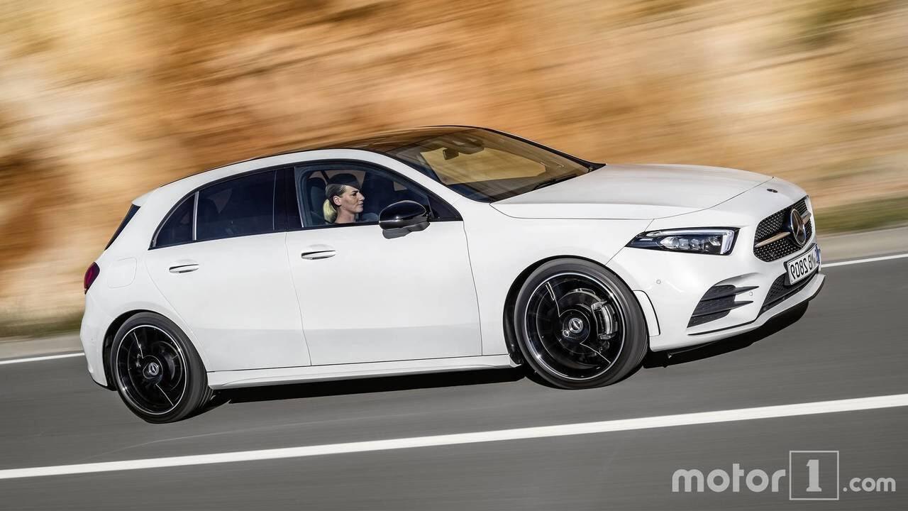 So sánh sự khác biệt giữa Mercedes-Benz A-Class mới và cũ - Hình 17