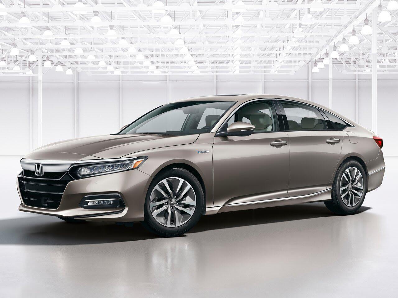 So sánh thông số kỹ thuật Honda Accord 2018 và Toyota Camry 2018 - Hình 1