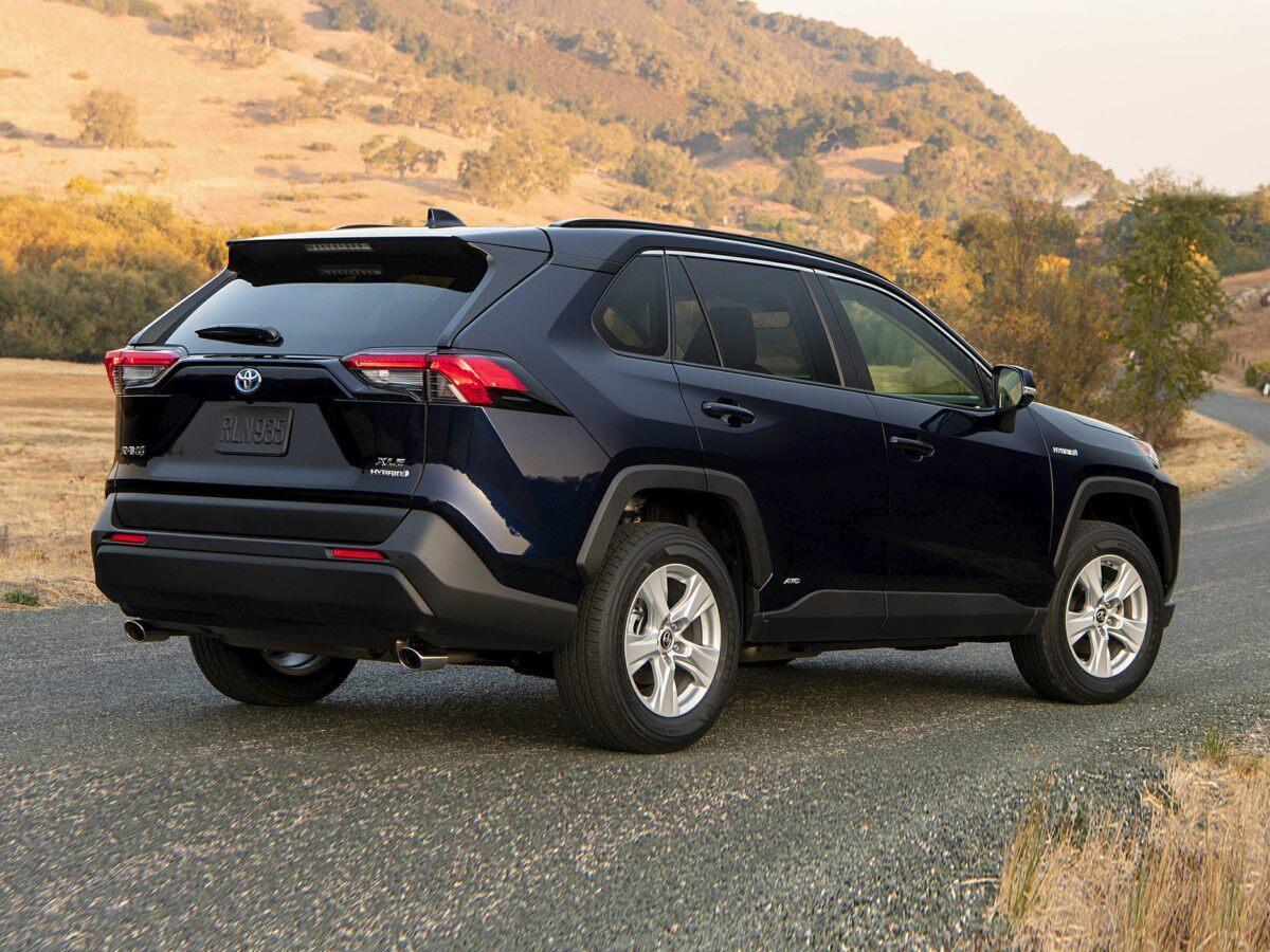 so-sanh-toyota-rav4-hybrid-voi-toyota-highlander-hybrid-2.jpg