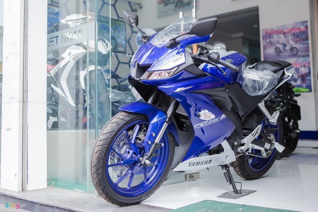 Sportbike 150 cc - chon Yamaha YZF-R15 hay Suzuki GSX-R150? hinh anh 1 yamaha_R15_2017_zing_1_of_8.jpg