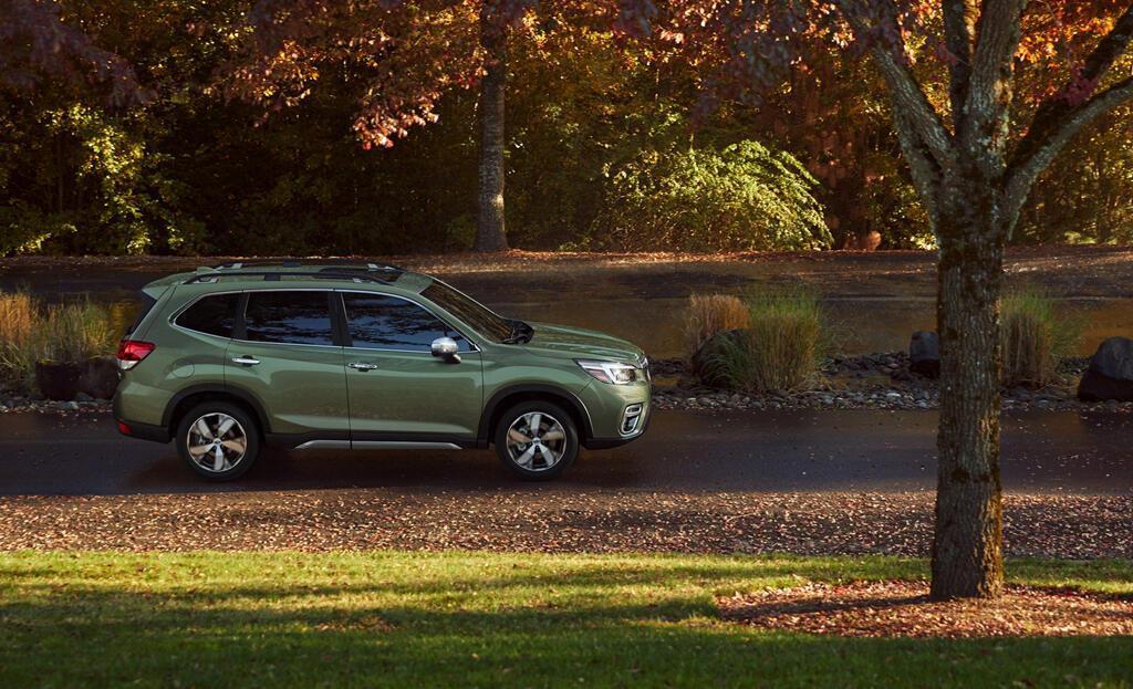 Subaru Forester 2019 chốt giá từ hơn 24.000 USD - Hình 1