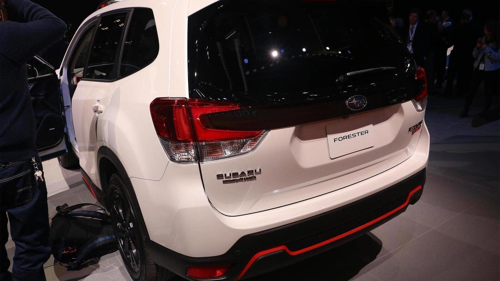 Subaru Forester 2019: Thay đổi nội ngoại thất, động cơ mạnh hơn, thêm nhiều phiên bản - Hình 20