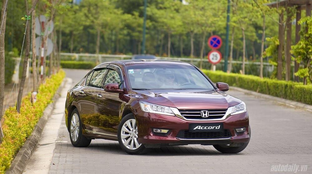Sức hấp dẫn từ Honda Accord 2014, giá 1,47 tỷ đồng - Hình 2