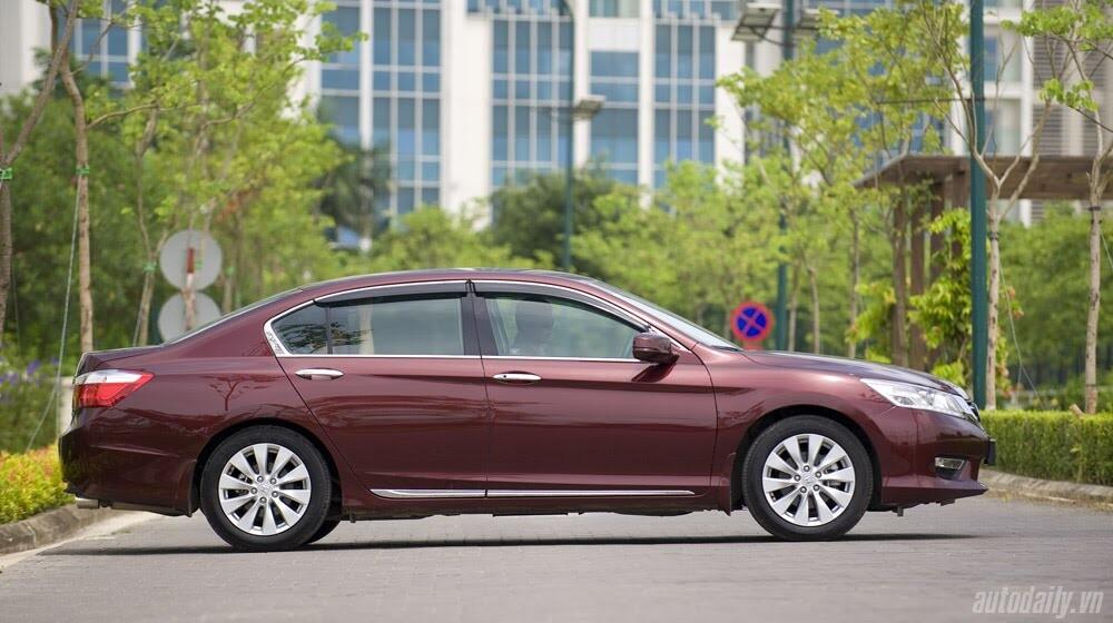 Sức hấp dẫn từ Honda Accord 2014, giá 1,47 tỷ đồng - Hình 3
