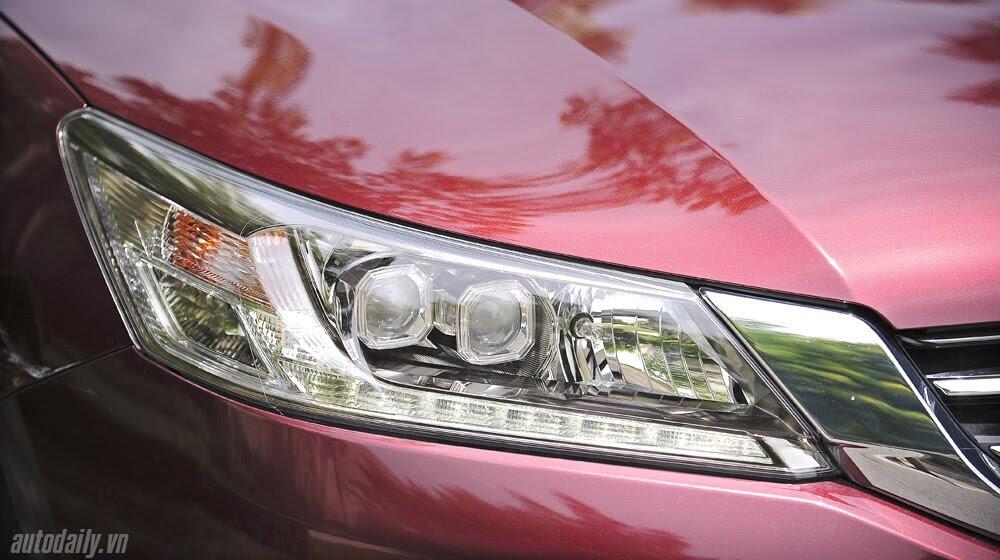 Sức hấp dẫn từ Honda Accord 2014, giá 1,47 tỷ đồng - Hình 8