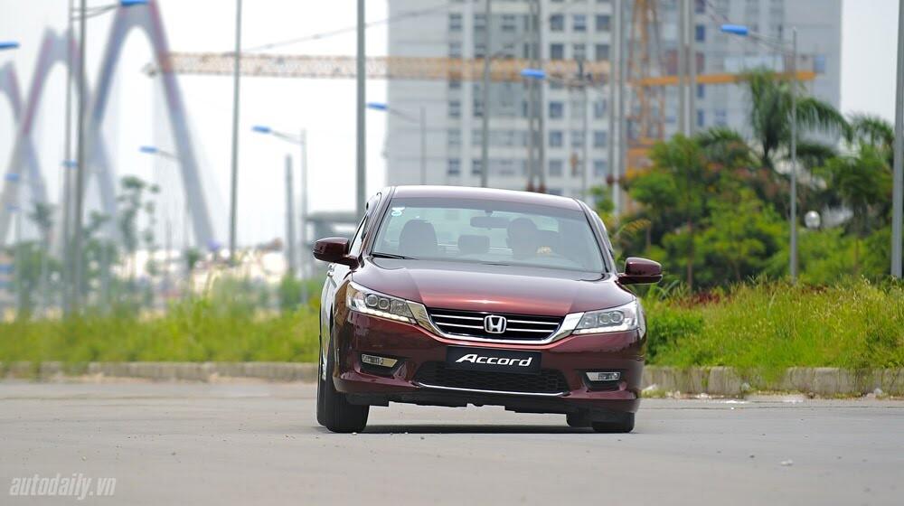 Sức hấp dẫn từ Honda Accord 2014, giá 1,47 tỷ đồng - Hình 25