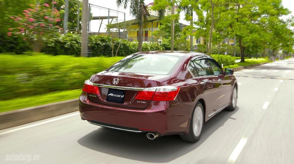Sức hấp dẫn từ Honda Accord 2014, giá 1,47 tỷ đồng - Hình 27