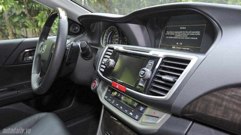 Sức hấp dẫn từ Honda Accord 2014, giá 1,47 tỷ đồng - Hình 34