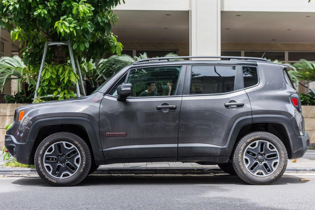 SUV rẻ nhất của Jeep về Việt Nam - Hình 2
