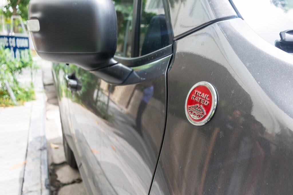 SUV rẻ nhất của Jeep về Việt Nam - Hình 6