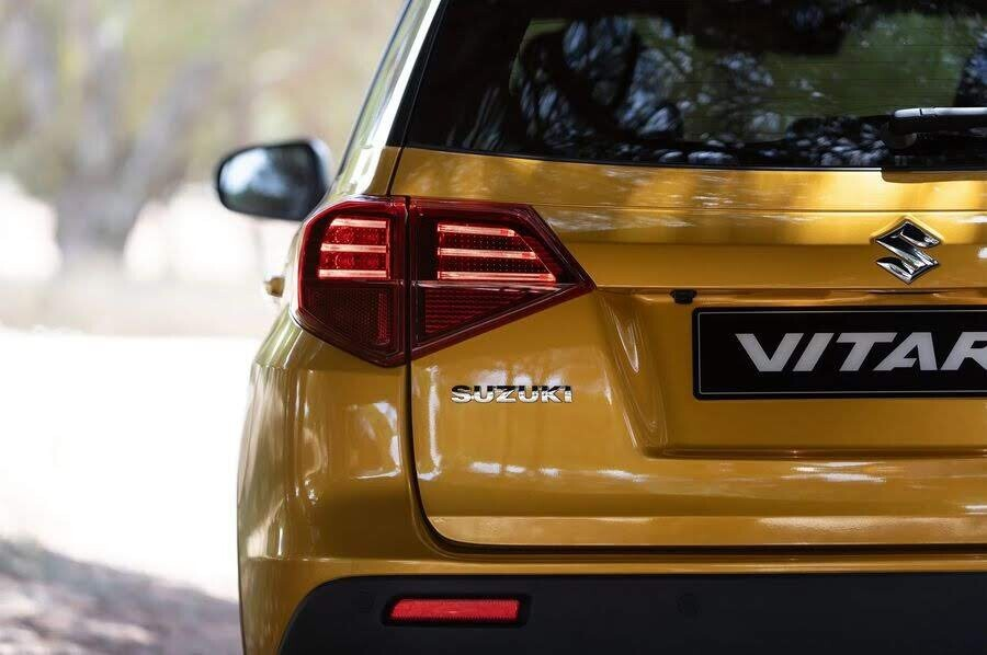 Suzuki Vitara 2019 tinh chỉnh đầu xe, bổ sung hai động cơ tăng áp mới - Hình 4
