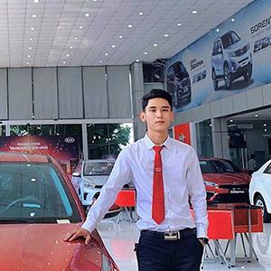 Mr. Hùng