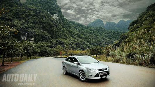 Tận hưởng công nghệ trên Ford Focus Titanium + - Hình 4