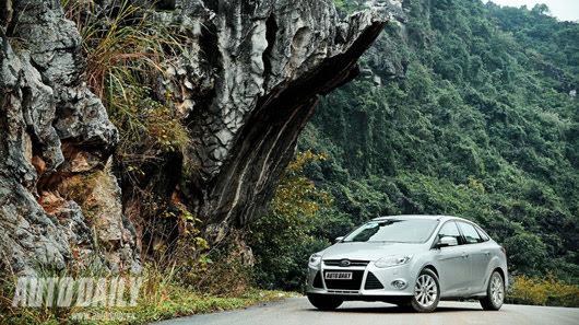 Tận hưởng công nghệ trên Ford Focus Titanium + - Hình 22