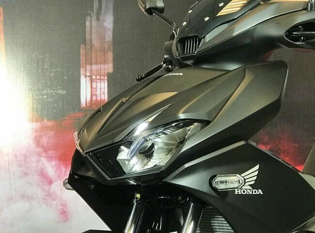 """Tận mắt """"thủ lĩnh"""" xe côn tay Honda Winner X giá từ 46 triệu đồng - Hình 10"""