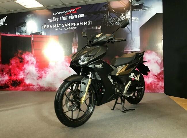 """Tận mắt """"thủ lĩnh"""" xe côn tay Honda Winner X giá từ 46 triệu đồng - Hình 11"""