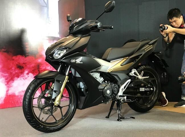 """Tận mắt """"thủ lĩnh"""" xe côn tay Honda Winner X giá từ 46 triệu đồng - Hình 2"""