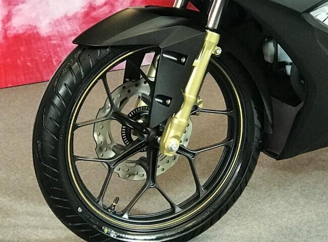 """Tận mắt """"thủ lĩnh"""" xe côn tay Honda Winner X giá từ 46 triệu đồng - Hình 5"""