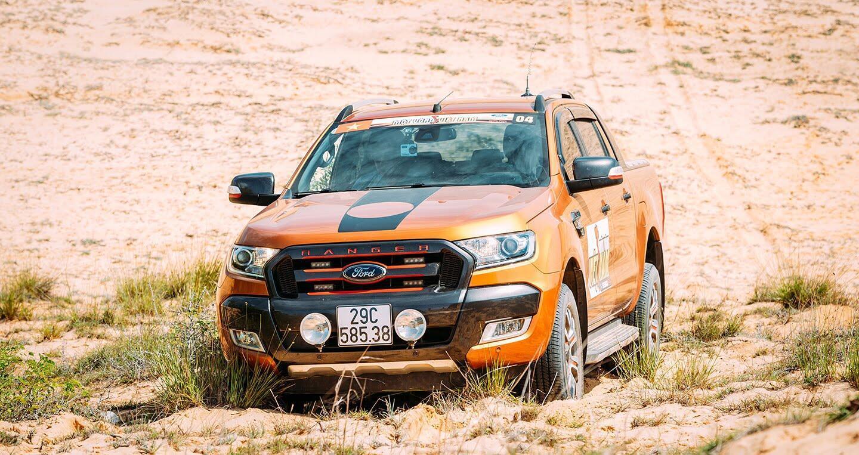 Tháng Ngâu, Ford vẫn bán xe ầm ầm tại Việt Nam - Hình 1