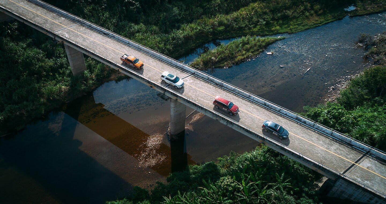 Tháng Ngâu, Ford vẫn bán xe ầm ầm tại Việt Nam - Hình 3