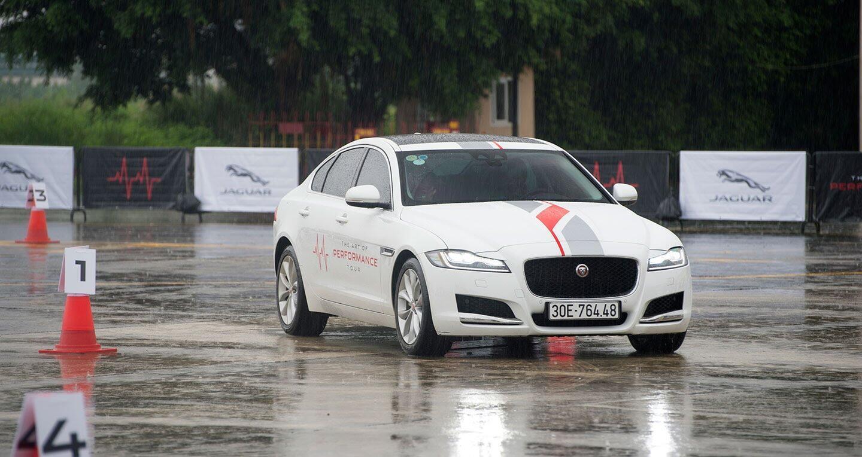 The Art of Performance Tour – Trải nghiệm đặc trưng xe Jaguar theo cách riêng biệt - Hình 9