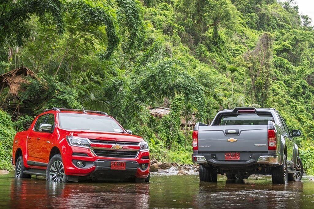 """Thị trường ô tô Việt Nam vẫn chứng kiến """"bão"""" giảm giá vào cuối năm - Hình 2"""
