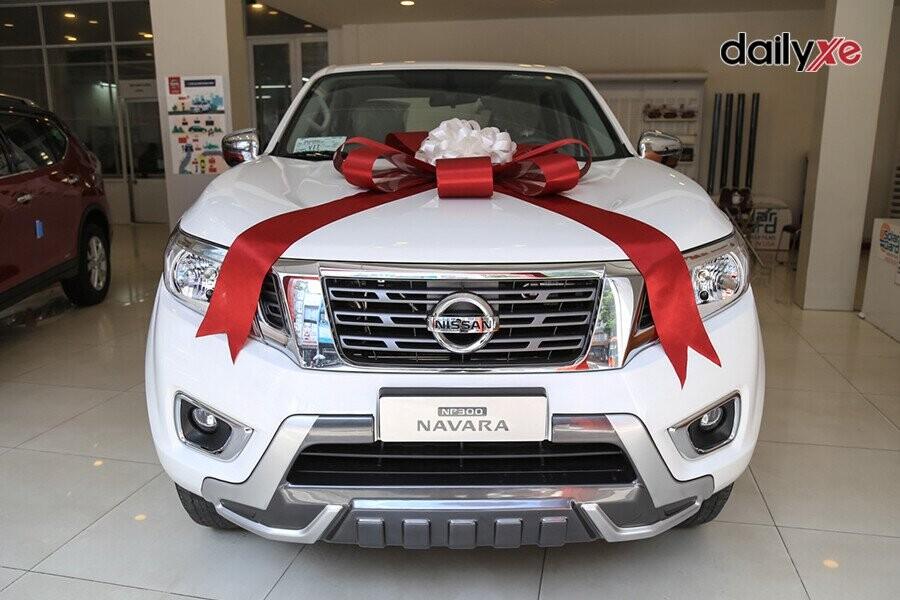 Nissan Navara thiết kế mạnh mẽ