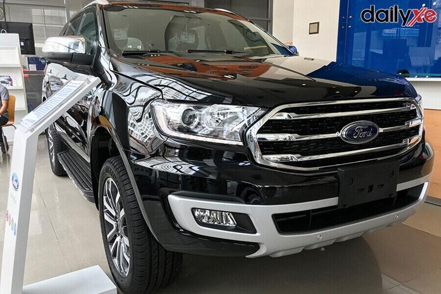 Ford Everest vận hành mạnh mẽ chinh phục mọi địa hình