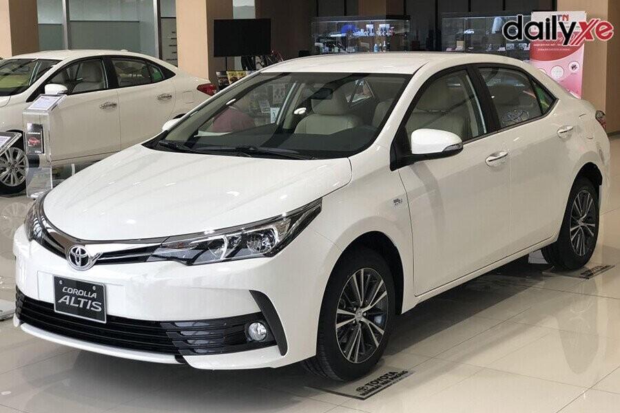 Toyota Corolla Altis thiết kế lịch lãm