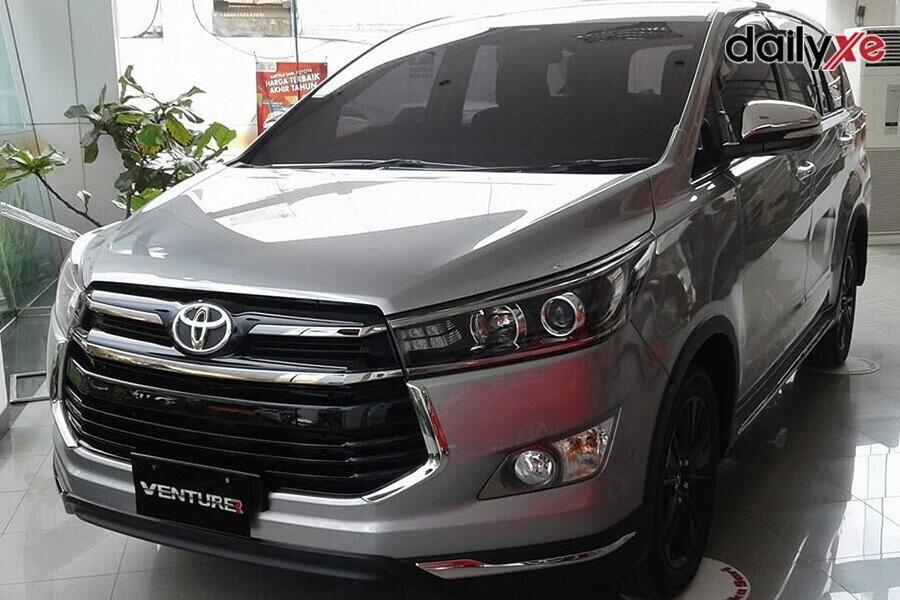 Toyota Innova sở hữu nội thất rộng rãi