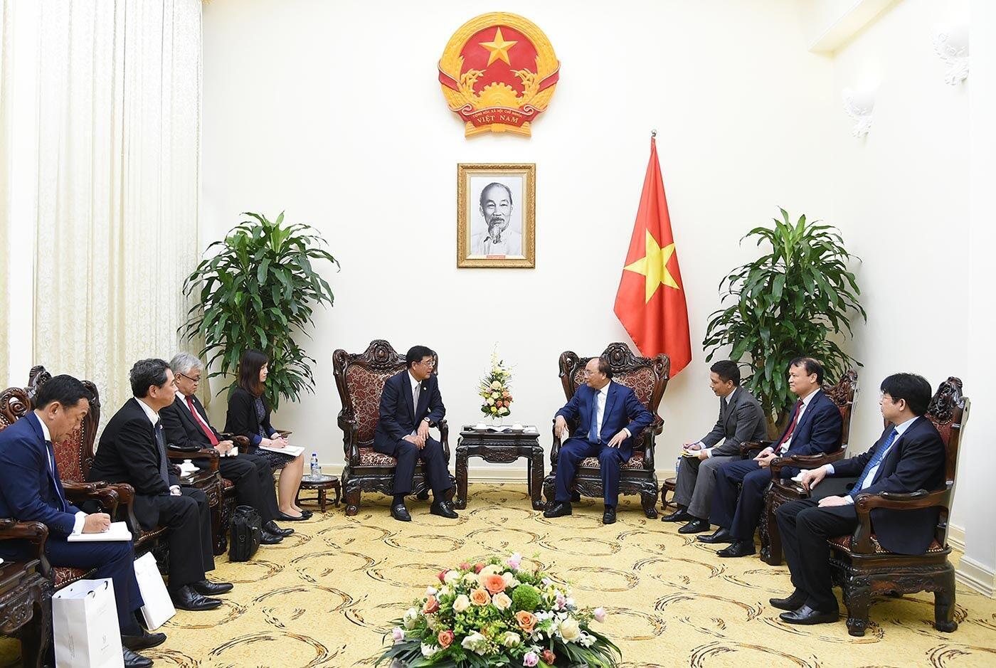 Tổng Giám đốc điều hành cấp cao của Mitsubishi Motors gặp mặt Thủ tướng Việt Nam - Hình 1